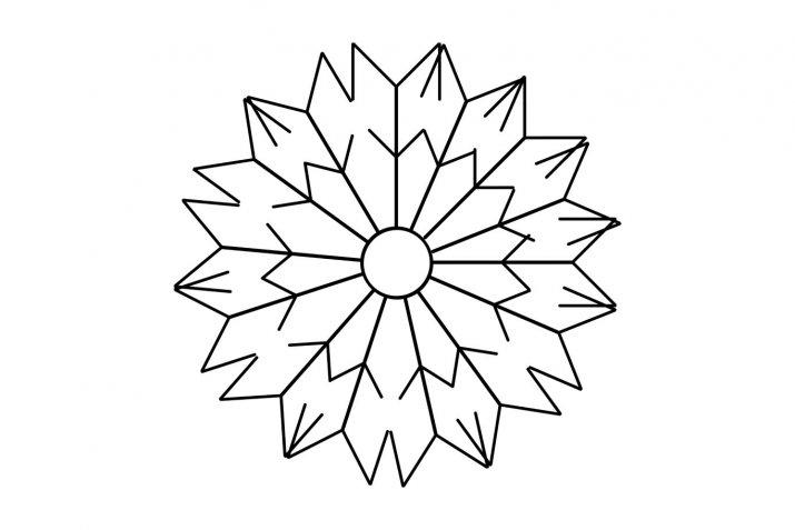 Fiocchi di neve e altre forme con la colla a caldo, la tecnica e i modelli per i lavoretti di Natale