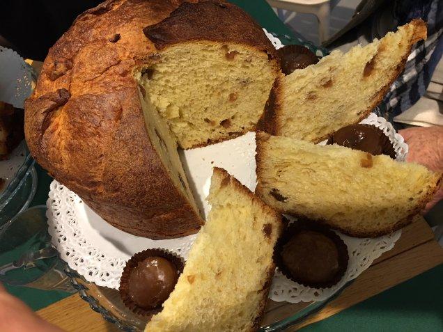 Il migliore panettone milanese tradizionale e farcito: dove trovarlo.