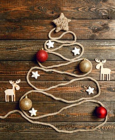 Albero di Natale a parete, 7 idee particolari per stupire gli amici