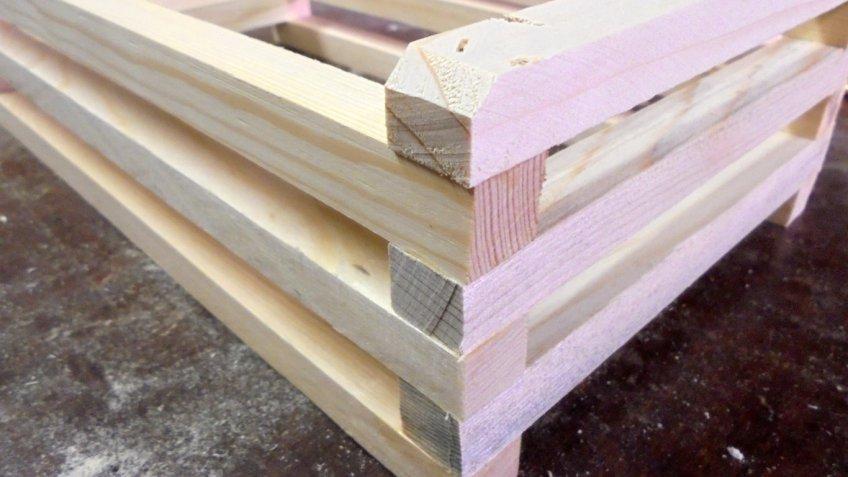 Cesti natalizi fai da te, come fare una cassettina in legno con il bricolage facile