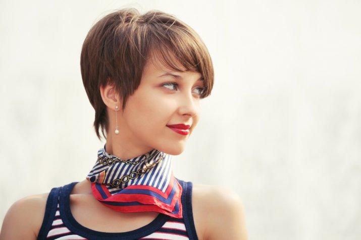Taglio capelli viso lungo, quale scegliere per vederti più bella