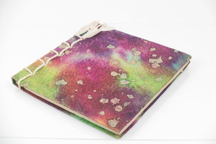 Agenda 2018 fai da te, 7 idee creative per rivestire una copertina monocolore