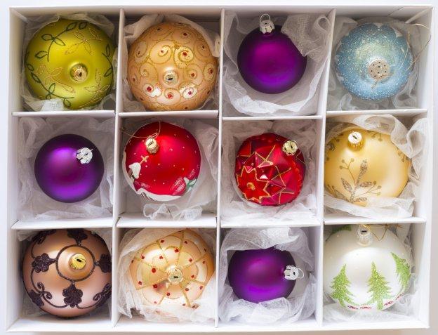 Conservare le decorazioni natalizie dopo le feste: 5 trucchi per riordinarle al meglio