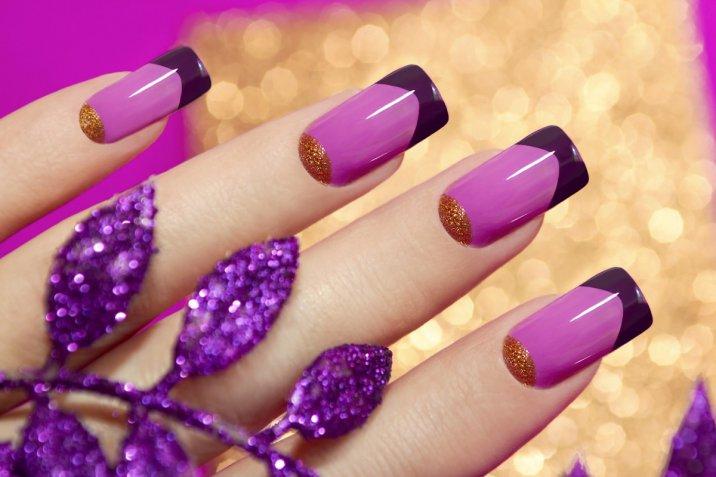 Nail art Ultra Violet: le decorazioni unghie trendy nel colore Pantone 2018