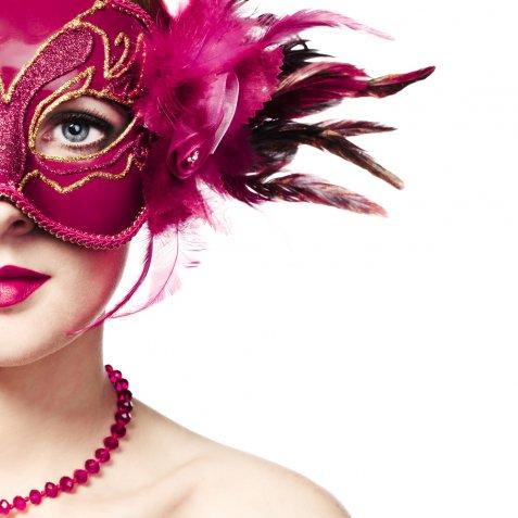 Vestiti di Carnevale adulti last minute, 5 idee facili e allegre