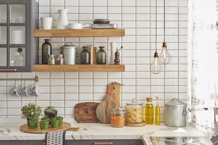 Come arredare una cucina piccola con 5 idee salvaspazio   DonnaD