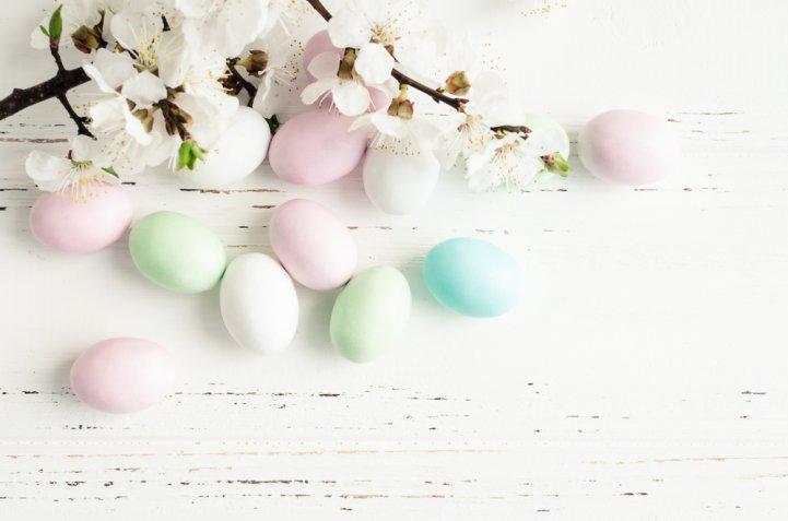 Albero di Pasqua shabby, come decorarlo in modo grazioso