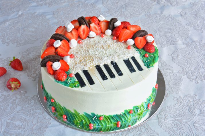 Torte a tema musicale, 5 decorazioni in pasta di zucchero da non perdere