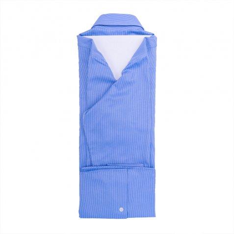 Come Piegare Una Camicia Stirata.Piegare Una Camicia In Modo Perfetto Donnad