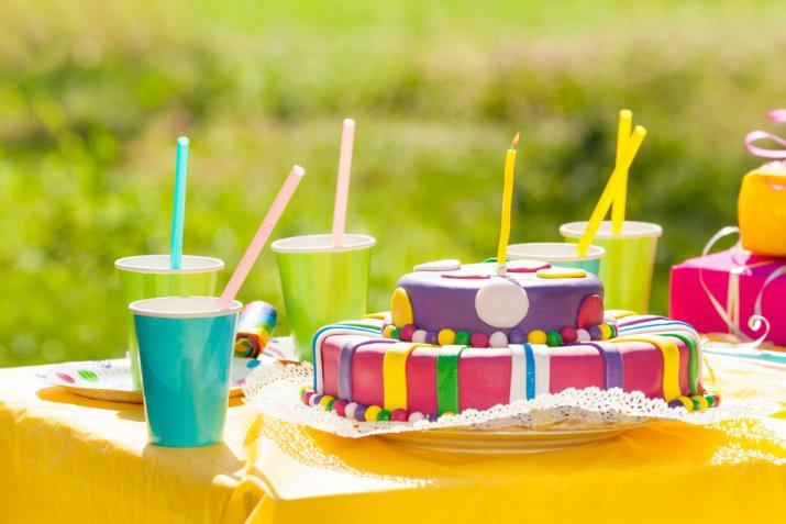 Decorazioni in pasta di zucchero facili, 7 idee per principianti
