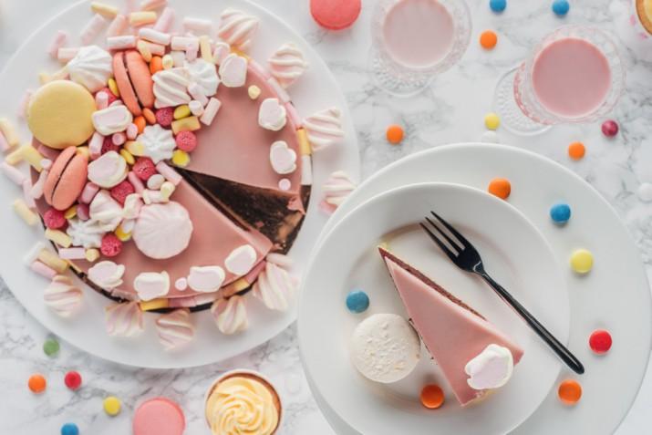 Come fare delle torte di marshmallow per delle decorazioni facili e belle
