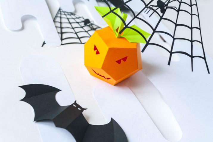 Decori Halloween fai da te da realizzare con i bambini