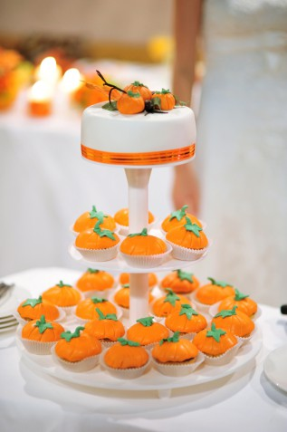 Torte matrimonio originali in pasta di zucchero, 5 decorazioni ispirate ad Halloween