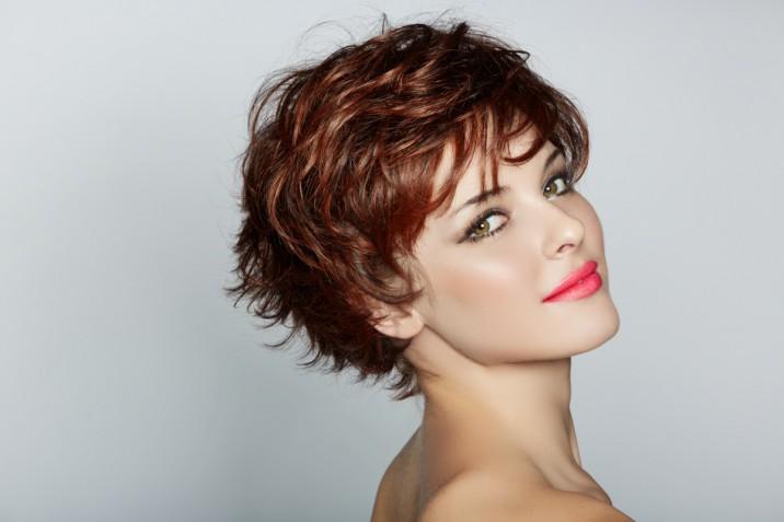 Tagli capelli 2019 per donna: 5 idee belle e di tendenza