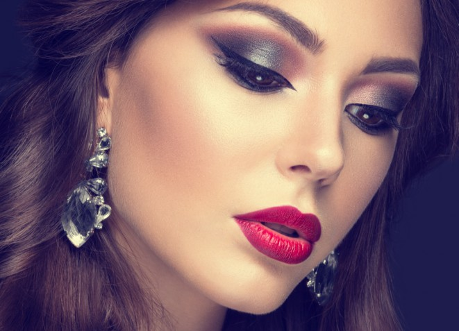 Trucco Natale 2018: 5 idee di make-up belle e raffinate
