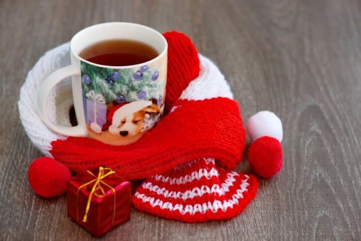 Decoupage di Natale: la tazza natalizia fai da te