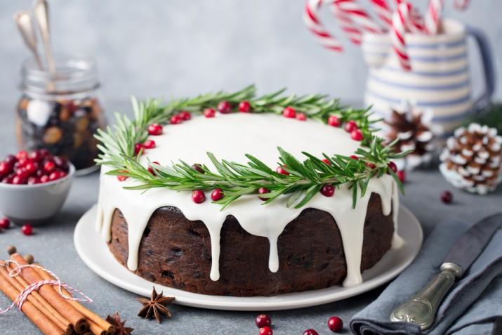Torte di compleanno natalizie, 5 decorazioni magiche