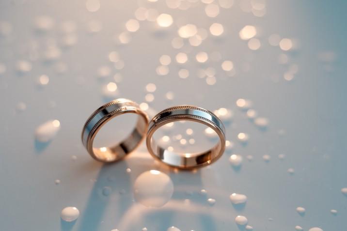 Anniversario Di Matrimonio Dei Genitori Cosa Regalare Donnad