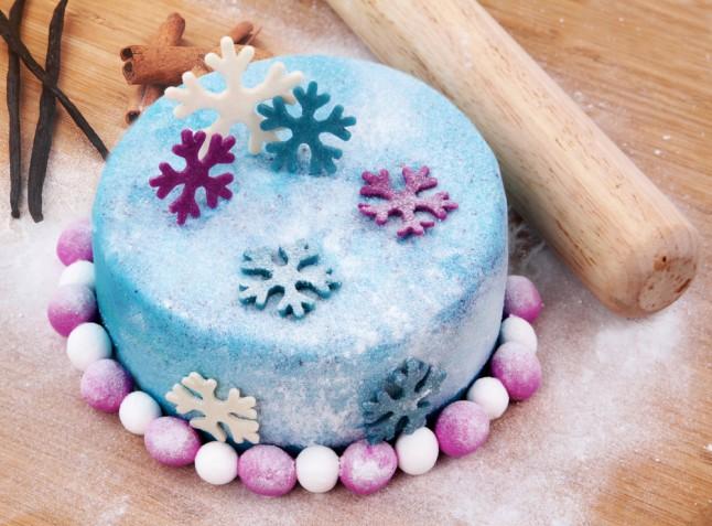 Torte a tema invernale in pasta di zucchero: 5 idee per il cake design