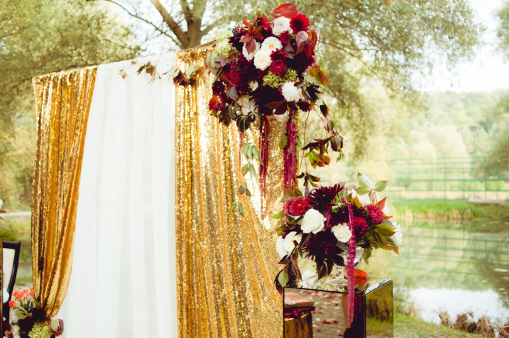 Addobbi matrimonio color oro: 11 foto da cui prendere spunto