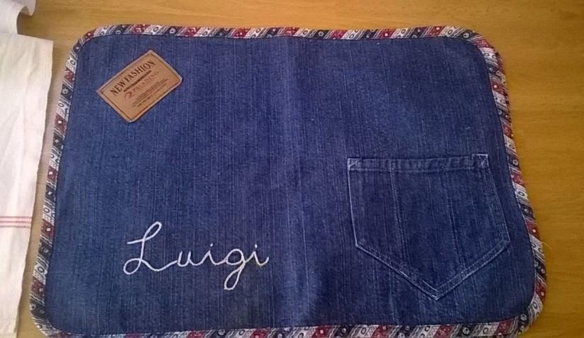 Riciclo creativo jeans: la tovaglietta all'americana