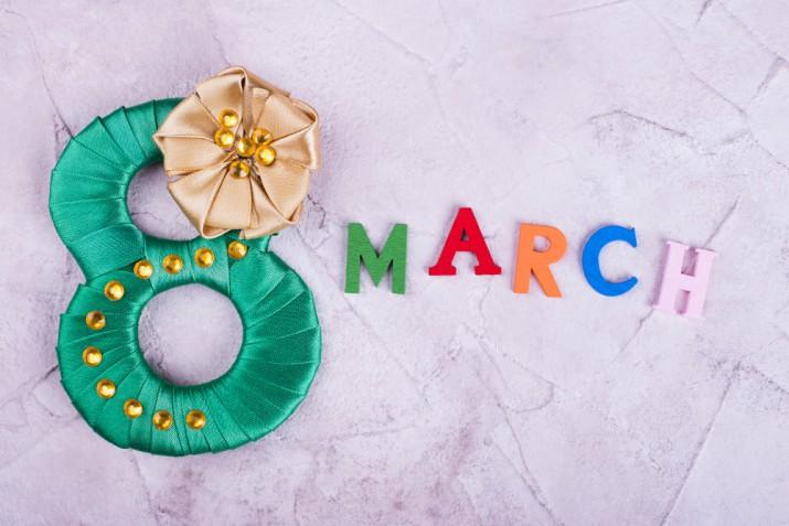 Lavoretti per la festa della donna da fare con i bambini: 5 idee facili