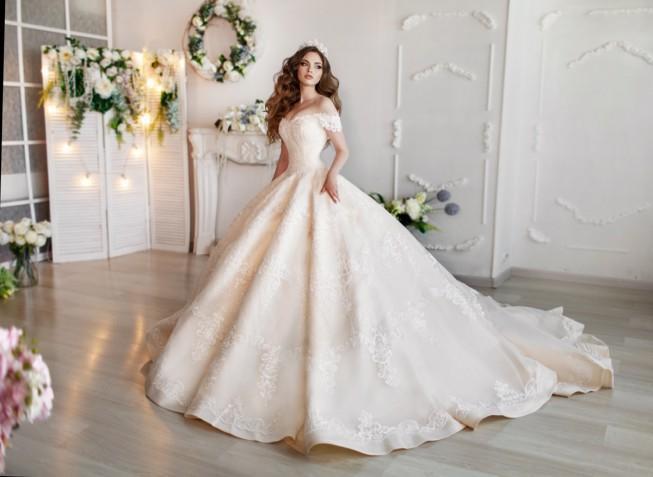 Tendenze abiti da sposa 2019: i trend più belli da seguire