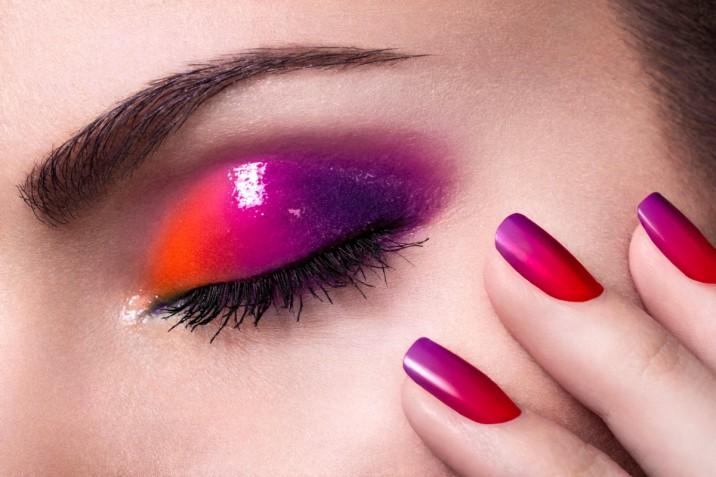 Nail art gradiente: i design più belli per decorare le unghie