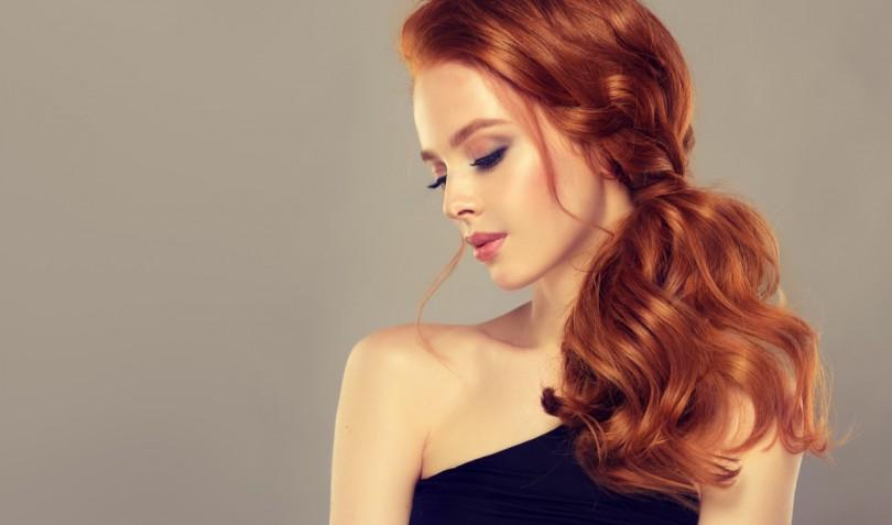 Acconciature per capelli lunghi sciolti o con trecce: 7 hairstyle bellissimi
