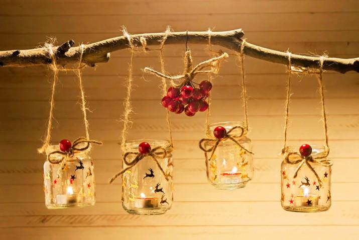 Vasetti natalizi portacandele fai da te: le decorazioni decoupage