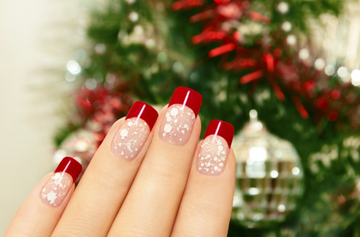Nail art natalizie: 7 decorazioni semplici e belle da provare