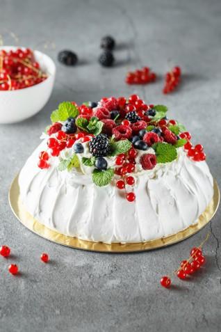 Torte Capodanno decorate con panna: 5 idee per le decorazioni