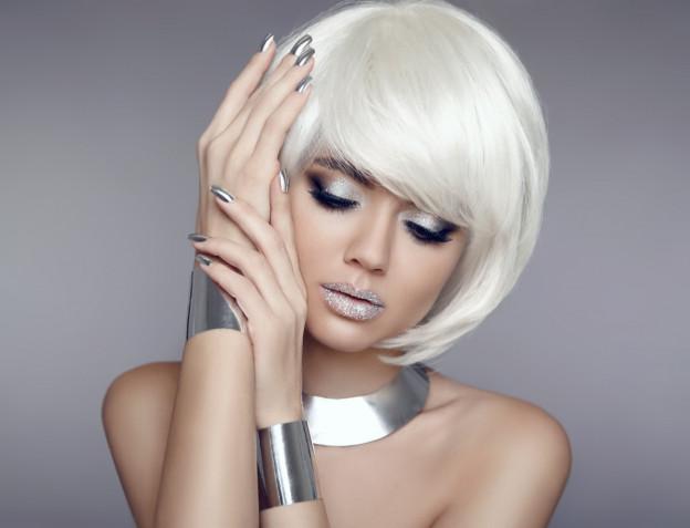 Trucco occhi in nero e oro o argento: 7 idee per un make-up da sera