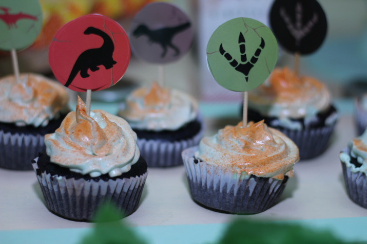 Cupcake a tema dinosauri: idee di compleanno bambini