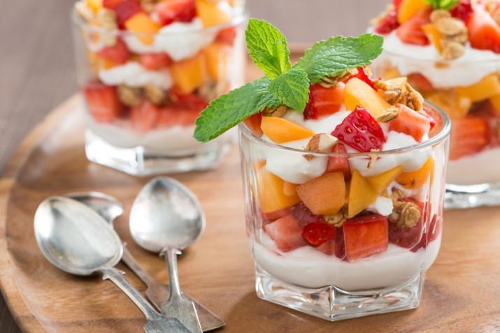 Dolci al cucchiaio con panna montata: 7 idee facili e sfiziose