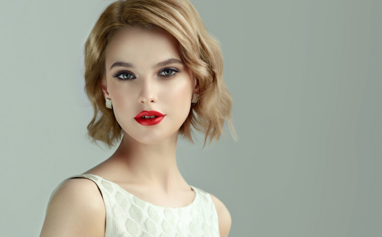 Capelli corti su viso tondo: i tagli migliori da fare