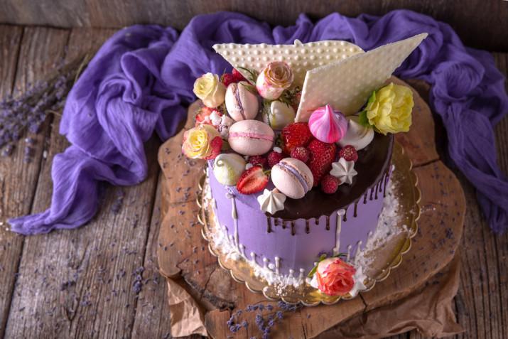 Torte estive di compleanno: 9 idee per le decorazioni