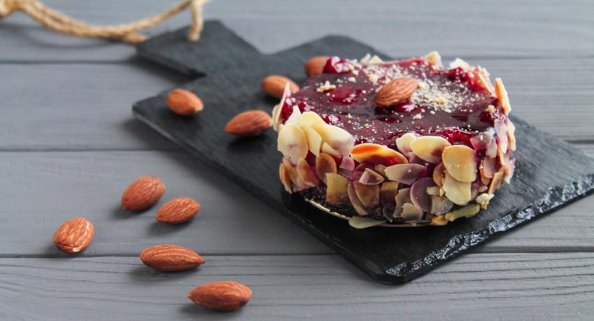 Come decorare una torta al cioccolato: 7 idee wow per le decorazioni
