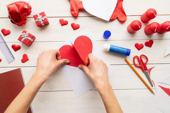 Biglietti San Valentino fai da te: il tutorial facile