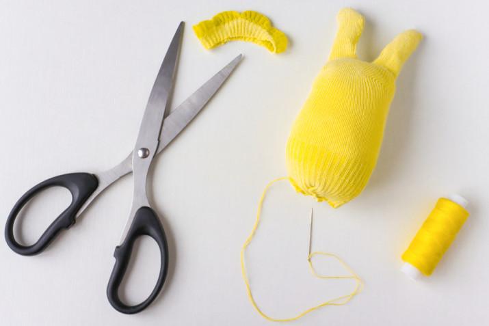 Come fare un coniglietto con un calzino: il tutorial facile e divertente