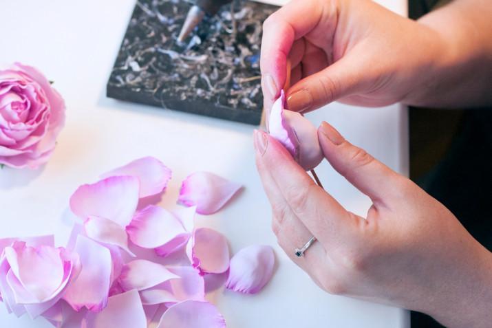 Rosa fai da te in gomma eva: il tutorial per farla senza stampo