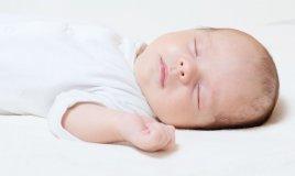 quanto deve dormire un bambino