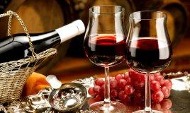 vino-natale-tradizione-pranzo