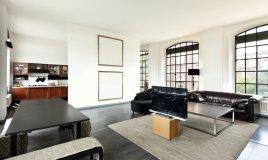 arredare interno open-space finestre luce lunimosità spazio ambiente
