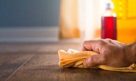 pavimento lucidare pulire detersivo igienizzare casa ambiente acqua secchio