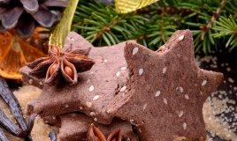 biscotti morettini natale cioccolato cacao albero feste decoro cannella