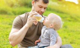 papà crescita figli aiuto amico bambino