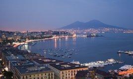 Napoli Vesuvio Campania Pasqua vacanze