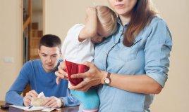 figli spese teenager spese folli deludere ragazzi genitori donne donna