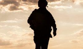armi, uomo in divisa, militare, attacco militare soldato sogno